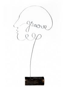 Mozart groove | 30 X 10 cm | lemn vintage, sarma galvanizata & vopsea acrilica | ©Paula Gecan