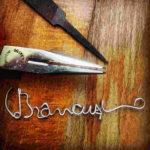 C.Brâncuși, semnatura semn de carte, fir din sârmă galvanizata cu inox, lungime 10 cm