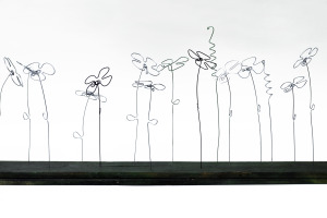 Flowers are forever | 80 X 35 X 8 cm | © Paula Gecan