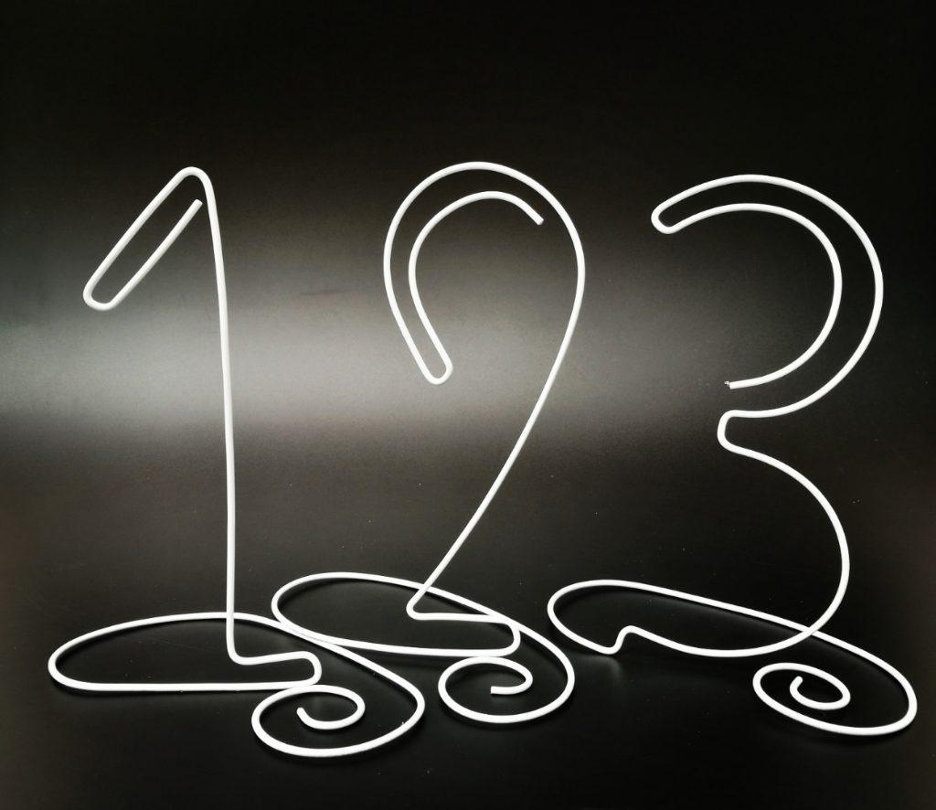 inaltime 18 cm | pret: 10 lei/numar