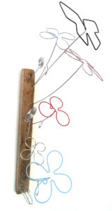 Primavara, sârmă, lemn vintage & acrilic, 45 X 35 cm